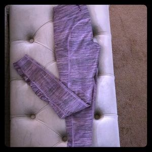 Lululemon sz 6 leggings. Full length purple color